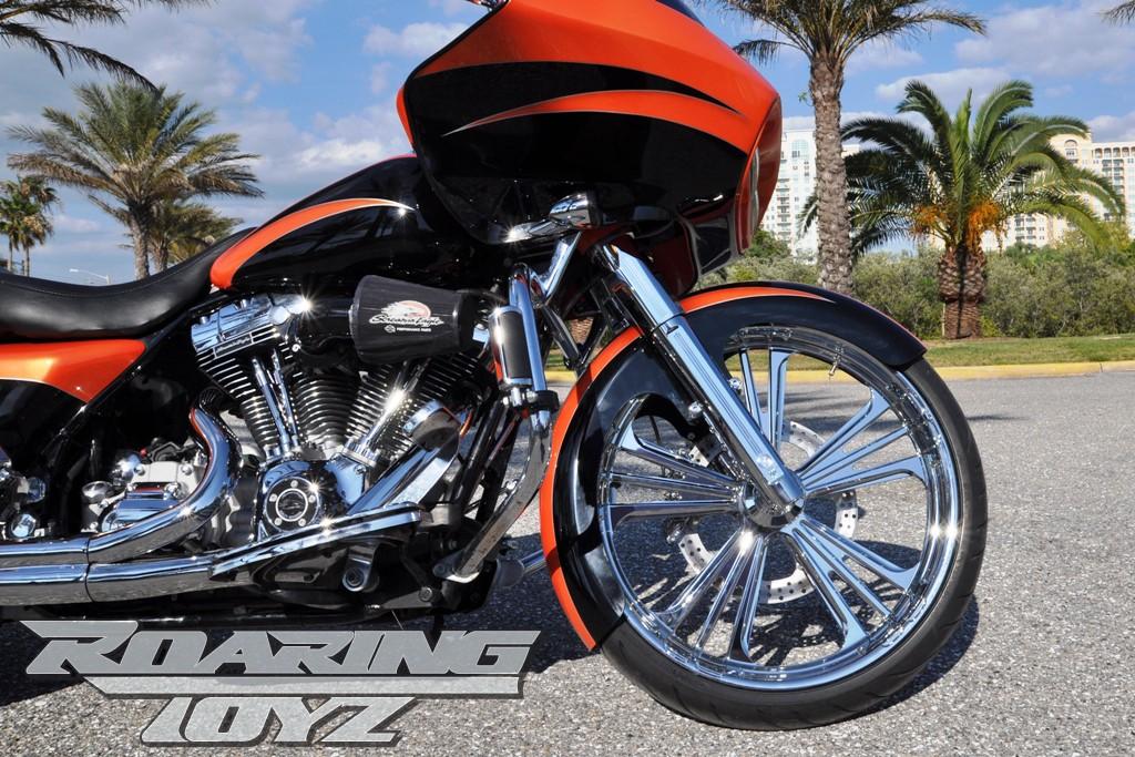 Harley Davidson Roadglide Custom Bagger 23 in  Front Wheel